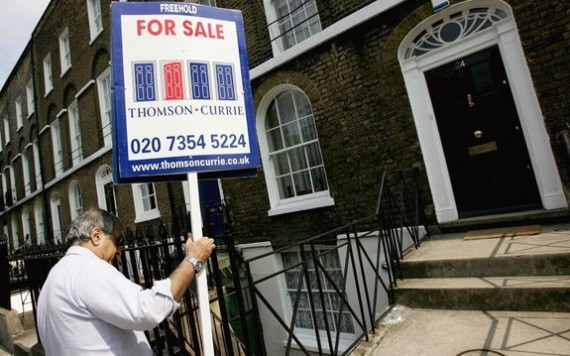 House Prices Fall In London